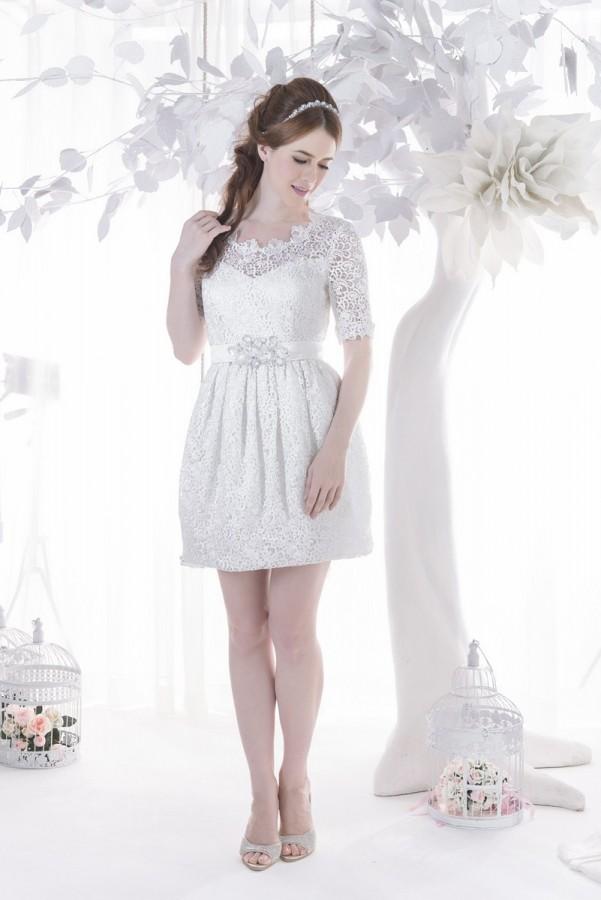 Cute lace short wedding dress