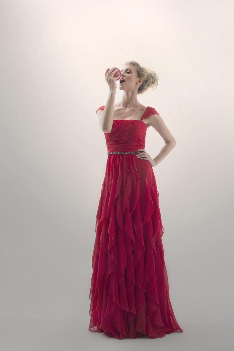 Chiffon evening dress with ruffle